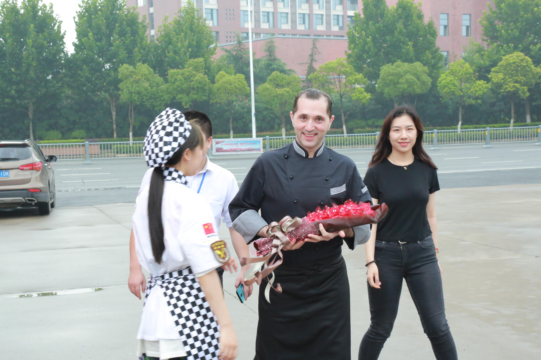 【名厨课堂】意大利名厨进校园啦!你还在等什么?!