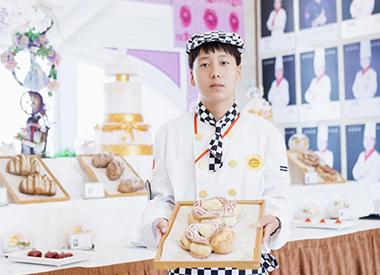 【新生故事】郭金龙:成为新东方